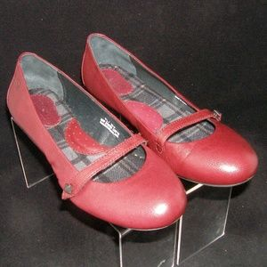 Born Elcano'red leather mary jane flats 7.5 38.5